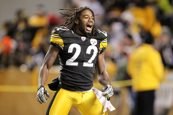 PITTSBURGH, PA - JANUARY 23:  William Gay #22 of the Pittsburgh Steelers celebrates after they defeated the New York Jets 24 to 19 in the 2011 AFC Championship game at Heinz Field on January 23, 2011 in Pittsburgh, Pennsylvania.  (Photo by Ronald Martinez