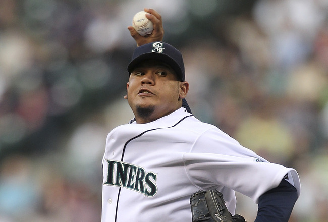 SEATTLE - JULY 16:  Starting pitcher Felix Hernandez #34 of the Seattle Mariners pitches against the Texas Rangers at Safeco Field on July 16, 2011 in Seattle, Washington. (Photo by Otto Greule Jr/Getty Images)