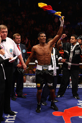 MANCHESTER, UNITED KINGDOM - SEPTEMBER 06:   Breidis Prescott celebrates knocking out Amir Khan during their Lightweight Inter Continental title fight on September 6, 2008 at the MEN Arena in Manchester, England.  (Photo by John Gichigi/Getty Images)