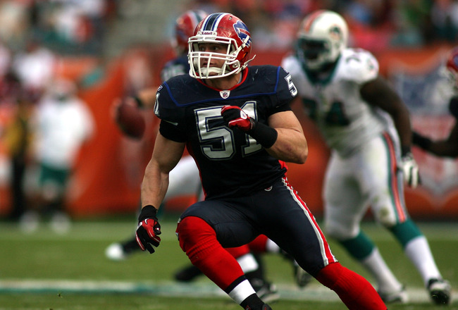 MIAMI - DECEMBER 19: Linebacker Paul Posluszny #51 of the Buffalo Bills runs against the Miami Dolphins at Sun Life Stadium on December 19, 2010 in Miami, Florida.The Bills defeated the Dolphins 17-14.  (Photo by Marc Serota/Getty Images)