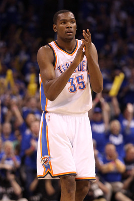 OKLAHOMA CITY, OK - MAY 21:  Kevin Durant #35 of the Oklahoma City Thunder reacts in the second half while taking on the Dallas Mavericks in Game Three of the Western Conference Finals during the 2011 NBA Playoffs at Oklahoma City Arena on May 21, 2011 in