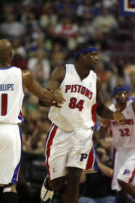 AUBURN HILLS, MI - JANUARY 20:  Chris Webber #84 of the Detroit Pistons celebrates with his teammate Chauncey Billups #1 during the game against the Sacramento Kings on January 20, 2007 at the Palace of Auburn Hills in Auburn Hills, Michigan. Detroit won
