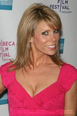 Cheryl_hines_5125288_display_image
