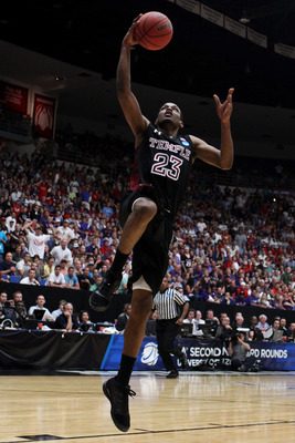 TUCSON, AZ - MARCH 19:  Ramone Moore #23 of the Temple Owls shoots against the San Diego State Aztecs during the third round of the 2011 NCAA men's basketball tournament at McKale Center on March 19, 2011 in Tucson, Arizona.  (Photo by Christian Petersen/