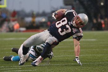 121309_wes_welker_display_image