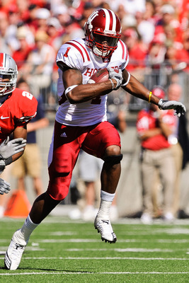 COLUMBUS, OH - OCTOBER 9:  Turner Terrance #1 of the Indiana Hoosiers runs with the ball after making a catch against the Ohio State Buckeyes at Ohio Stadium on October 9, 2010 in Columbus, Ohio.  (Photo by Jamie Sabau/Getty Images)