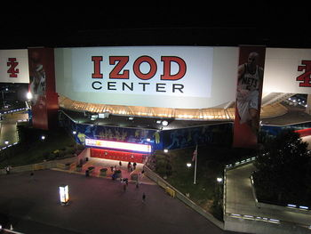 800px-izod_center_display_image