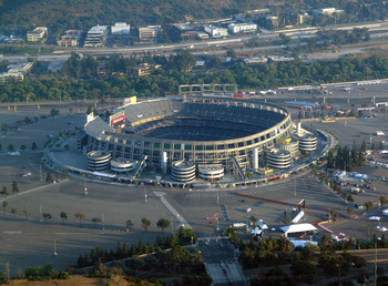 Qualcomm_stadium_display_image