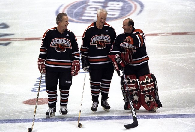 23 Jan 1999:  Mark Howe stands with Gordie Howe and Darrin Pang of the Heroes of Hockey Team as they are introduced at the Ice Palace in Tampa, Florida. Mandatory Credit: Vincent Laforet  /Allsport