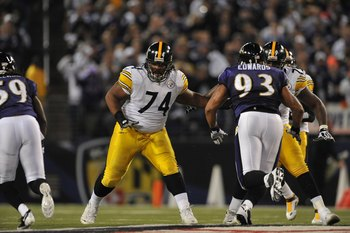 BALTIMORE - NOVEMBER 29:  Willie Colon #74 of the Pittsburgh Steelers defends against the  Baltimore Ravens at M&amp;T Bank Stadium on November 29, 2009 in Baltimore, Maryland. The Ravens defeated the Steelers 20-17. (Photo by Larry French/Getty Images)