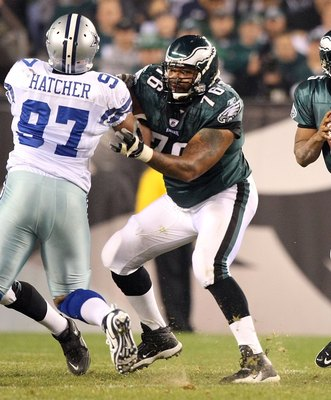 PHILADELPHIA - NOVEMBER 08:  Donovan McNabb #5 of the Philadelphia Eagles drops back to pass as offensive lineman Stacy Andrews #76 provides pass protection against the Dallas Cowboys at Lincoln Financial Field on November 8, 2009 in Philadelphia, Pennsyl