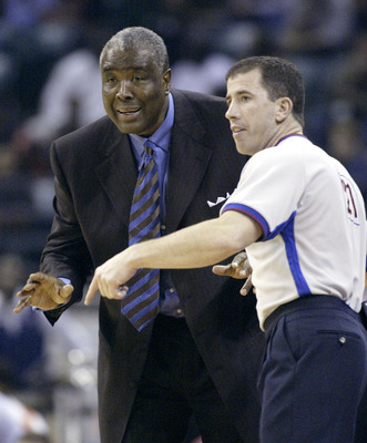A ref deserving of scorn, and a 1976 NBA champion.