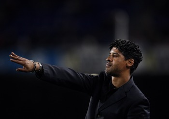 BARCELONA, SPAIN - MAY 11:  Coach Frank Rijkaard of Barcelona instructs his players during his last La Liga home match between Barcelona and Mallorca at the Camp Nou Stadium on May 11, 2008 in Barcelona, Spain. Rijkaard, who willl be replaced as head coac