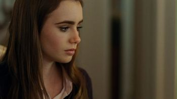 Lily_collins_display_image