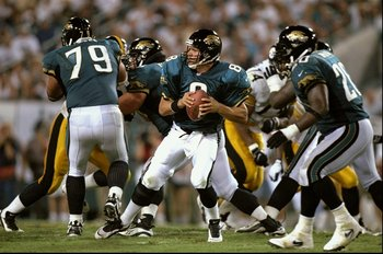 22 Sep 1997:  Quarterback Mark Brunell #8 of the Jacksonville Jaguars in action during a game against the the Pittsburgh Steelers at the Alltell Stadium in Jacksonville, Florida. The Jaguars defeated the Steelers 30-21. Mandatory Credit: Andy Lyons  /Alls