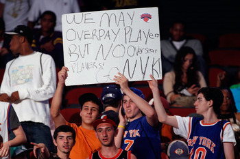 NEWARK, NJ - JUNE 23:  Fans of the New York Knicks support their team during the 2011 NBA Draft at the Prudential Center on June 23, 2011 in Newark, New Jersey.  NOTE TO USER: User expressly acknowledges and agrees that, by downloading and/or using this P