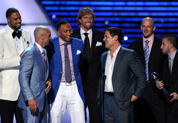 LOS ANGELES, CA - JULY 13: (L-R) NBA Dallas Mavericks Tyson Chandler, Jason Kidd, Shawn Marion, Dirk Nowitzki, Owner Mark Cuban, Brian Cardinal and Jose Juan Barea accept award for Best Team  atThe 2011 ESPY Awards at Nokia Theatre L.A. Live on July 13, 2