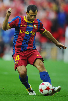 LONDON, ENGLAND - MAY 28:  Javier Mascherano of FC Barcelona in action during the UEFA Champions League final between FC Barcelona and Manchester United FC at Wembley Stadium on May 28, 2011 in London, England.  (Photo by Clive Mason/Getty Images)