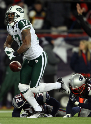 FOXBORO, MA - JANUARY 16:  Braylon Edwards #17 of the New York Jets celebrates after scoring a second quarter touchdown during their 2011 AFC divisional playoff game against the New England Patriots at Gillette Stadium on January 16, 2011 in Foxboro, Mass