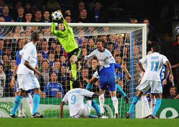 LONDON, ENGLAND - SEPTEMBER 28:  Peter Cech of Chelsea makes a save during the UEFA Champions League Group F match between Chelsea and Marseille at Stamford Bridge on September 28, 2010 in London, England.  (Photo by Mike Hewitt/Getty Images)