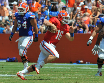 GAINESVILLE, FL - APRIL 9:  Quarterback Jeff Driskel #16 of the Florida Gators runs upfield during the Orange and Blue spring football game April 9, 2011 at Ben Hill Griffin Stadium in Gainesville, Florida.  (Photo by Al Messerschmidt/Getty Images)