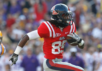 BATON ROUGE, LA - NOVEMBER 20:  Ja-Mes Logan #85 of the Ole Miss Rebels against the Louisiana State University Tigers at Tiger Stadium on November 20, 2010 in Baton Rouge, Louisiana.  (Photo by Kevin C. Cox/Getty Images)
