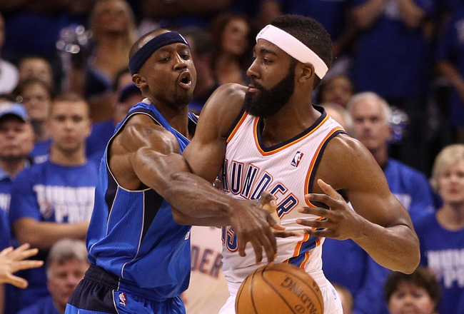 OKLAHOMA CITY, OK - MAY 21:  Jason Terry #31 of the Dallas Mavericks attempts to steal the ball from James Harden #13 of the Oklahoma City Thunder in the second quarter in Game Three of the Western Conference Finals during the 2011 NBA Playoffs at Oklahom