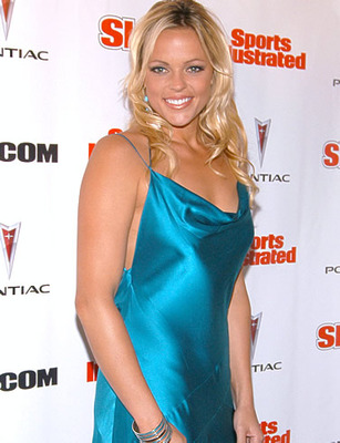 Jennie-finch-picture-1_display_image
