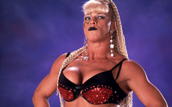Luna-vachon_display_image
