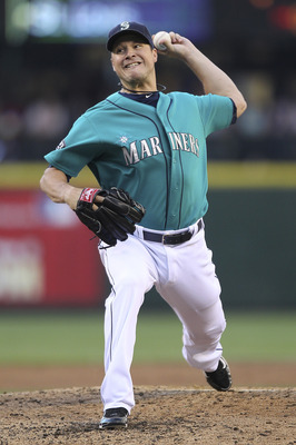 SEATTLE - JULY 29:  Starting pitcher Erik Bedard #45 of the Seattle Mariners pitches against the Tampa Bay Rays at Safeco Field on July 29, 2011 in Seattle, Washington. (Photo by Otto Greule Jr/Getty Images)