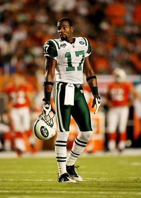 MIAMI - OCTOBER 12:  Wide receiver Braylon Edwards #17 of the New York Jets waits for an announcement of an appeal by the Miami Dolphins at Land Shark Stadium on October 12, 2009 in Miami, Florida. The Dolphins defeated the Jets 31-27.  (Photo by Doug Ben