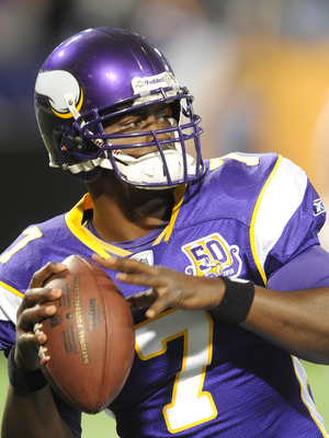 MINNEAPOLIS - SEPTEMBER 2:  Tarvaris Jackson #7 of the Minnesota Vikings passes the ball during warmups prior to an NFL preseason game against the Denver Broncos at the Mall of America Field at Hubert H. Humphrey Metrodome, on September 2, 2010 in Minneap