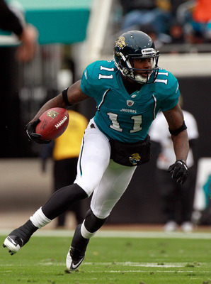JACKSONVILLE, FL - DECEMBER 26:  Mike Sims-Walker #11 of the Jacksonville Jaguars runs for yardage during the game against the Washington Redskins at EverBank Field on December 26, 2010 in Jacksonville, Florida.  (Photo by Sam Greenwood/Getty Images)