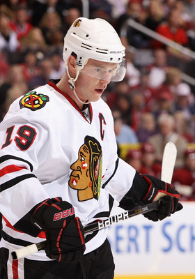 GLENDALE, AZ - MARCH 20:  Jonathan Toews #19 of the Chicago Blackhawks during the NHL game against the Phoenix Coyotes at Jobing.com Arena on March 20, 2011 in Glendale, Arizona. The Blackhawks defeated the Coyotes 2-1.  (Photo by Christian Petersen/Getty