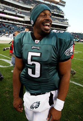 PHILADELPHIA - NOVEMBER 01:  Donovan McNabb #5 of the Philadelphia Eagles looks on after plating against the New York Giants on November 1, 2009 at Lincoln Financial Field in Philadelphia, Pennsylvania. The Eagles defeated the Giants 40-17.  (Photo by Jim