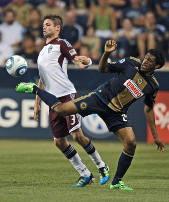 CHESTER, PA- JULY 29: Sheanon Williams #25 of the Philadelphia Union kicks the ball away from Drew Moor #3 of the Colorado Rapids at PPL Park on July 29, 2011 in Chester, Pennsylvania. (Photo by Drew Hallowell/Getty Images)