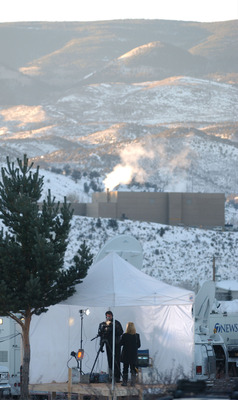 EAGLE, CO - DECEMBER 19: A television crew set up in the morning in 10 degree tempatures to cover the Kobe Bryant's sexual assault case December 19, 2003 in Eagle, Colorado. The judge in the case rejected a prosecution request for an investigation into me