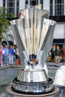 Nascar_chase_trophy_display_image