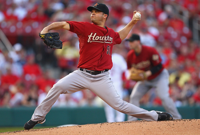 ST. LOUIS, MO - JULY 28: Starter Wandy Rodriguez #51 of the Houston Astros pitches against the St. Louis Cardinals at Busch Stadium on July 28, 2011 in St. Louis, Missouri.  (Photo by Dilip Vishwanat/Getty Images)