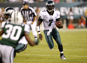 PHILADELPHIA - SEPTEMBER 02: Michael Vick #7 of the Philadelphia Eagles drops back to pass during a preseason game against the New York Jets at Lincoln Financial Field on September 2, 2010 in Philadelphia, Pennsylvania. (Photo by Jeff Zelevansky/Getty Ima