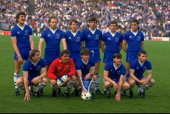 15 May 1985:  The Everton team pose for a photograph before the European Cup Winners Cup Final against Rapid Vienna at the Feyenoord Stadium in Rotterdam, Netherlands. Everton won the match 3-1. \ Mandatory Credit: David  Cannon/Allsport