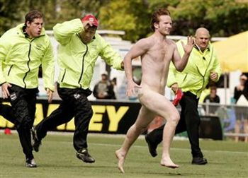 Streaker-out-runs-security_display_image