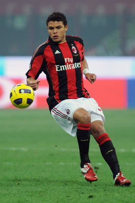 MILAN, ITALY - JANUARY 23:  Thiago Silva of AC Milan in action during the Serie A match between AC Milan and AC Cesena at Stadio Giuseppe Meazza on January 23, 2011 in Milan, Italy.  (Photo by Valerio Pennicino/Getty Images)