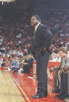 10 Dec 1994: Coach Nolan Richardson of the Arkansas Razorbacks watches his players during a game against the Murray State Racers. Arkansas won the game 94-69.