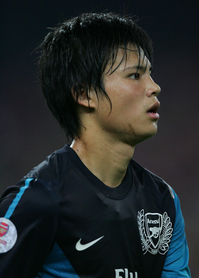 KUALA LUMPUR, MALAYSIA - JULY 13: Ryo Miyaichi of Arsenal during the pre-season Asian Tour friendly match between Malaysia and Arsenal at Bukit Jalil National Stadium on July 13, 2011 in Kuala Lumpur, Malaysia.  (Photo by Stanley Chou/Getty Images)