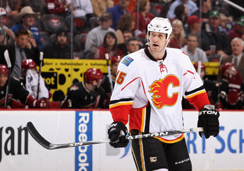 GLENDALE, AZ - MARCH 10:  Tim Jackman #15 of the Calgary Flames in action during the NHL game against the Phoenix Coyotes at Jobing.com Arena on March 10, 2011 in Glendale, Arizona.  The Coyotes defeated the Flames 3-0.  (Photo by Christian Petersen/Getty
