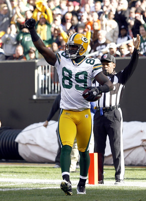 CLEVELAND, OH - OCTOBER 25:  James Jones #89 of the Green Bay Packers celebrates after scoring a touchdown against the Cleveland Browns at Cleveland Browns Stadium on October 25, 2009 in Cleveland, Ohio.  (Photo by Matt Sullivan/Getty Images)