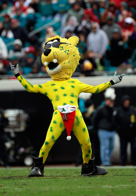 JACKSONVILLE, FL - DECEMBER 26: Jacksonville Jaguar mascot Jaxon de Ville performs during the game against the Washington Redskins at EverBank Field on December 26, 2010 in Jacksonville, Florida.  (Photo by Sam Greenwood/Getty Images)
