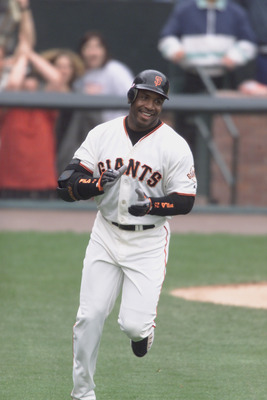 SAN FRANCISCO - OCTOBER 7:  Barry Bonds #25 of the San Francisco Giants runs the bases after hitting his 73rd home run during the game against the Los Angeles Dodgers on October 7, 2001 at Pac Bell Park in San Francisco, California.  The Giants won 2-1.