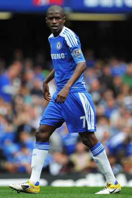 LONDON, ENGLAND - MAY 15:  Ramires of Chelsea in action during the Barclays Premier League match between Chelsea and Newcastle United at Stamford Bridge on May 15, 2011 in London, England.  (Photo by Michael Regan/Getty Images)